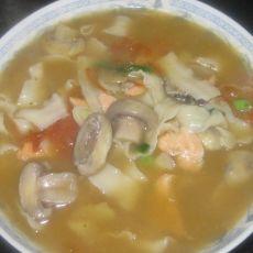 三文鱼口菇汤面