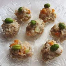 清蒸裴翠虾肉丸