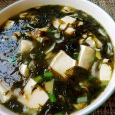 虾皮豆腐紫菜汤