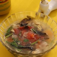 西红柿紫菜豆筋汤的做法