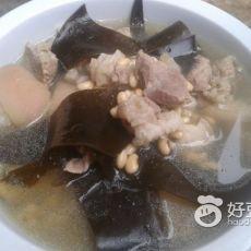 黄豆海带煲猪脚的做法