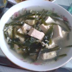 海带豆腐蛋花汤