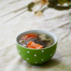 鸭翅海带汤