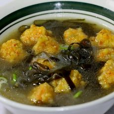 海带红萝卜丸子汤