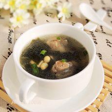海带黄豆排骨汤的做法