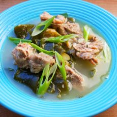 海带脊骨土豆汤