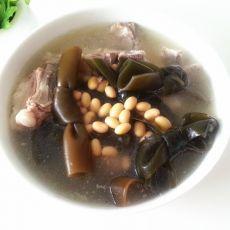 黄豆海带排骨汤的做法