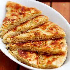 咸蛋芝麻油酥饼的做法