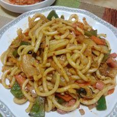 韩国泡菜炒乌冬面的做法
