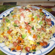 青椒火腿胡萝卜鸡蛋炒米饭