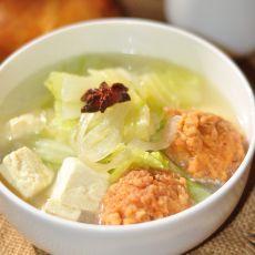 白菜丸子炖豆腐