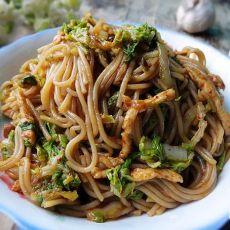 鸡丝白菜炒红米线的做法