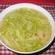 白菜丝热汤面