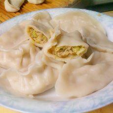 娃娃菜香菇饺子的做法