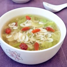 白菜虾皮汤