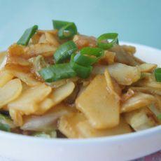 白菜炒土豆片的做法