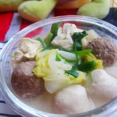 冻豆腐鱼丸炖白菜