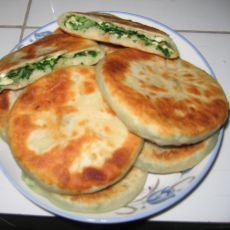 鸡蛋白菜馅饼的做法