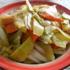 土豆炒白菜胡萝卜的做法