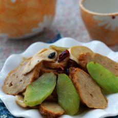 杏鲍菇莴笋炒腐皮肉卷