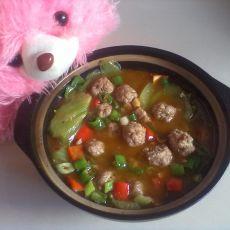 砂锅莴笋肉丸煲的做法