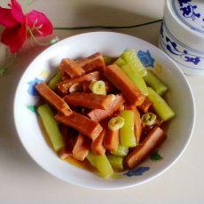 莴笋午餐肉