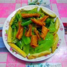 鱿鱼豆干炒莴笋