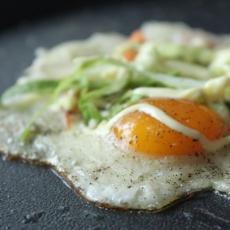 蔬菜鸡蛋培根煎饼的做法