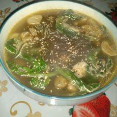 生菜鸡腿菇汤