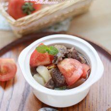 萝卜西红柿炖牛腩