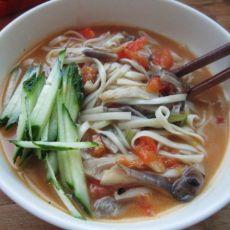 简易版蘑菇汤面
