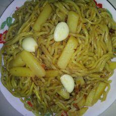 西红柿土豆焖面的做法