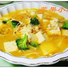 剁椒金针豆腐汤