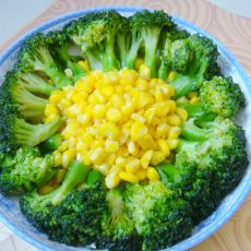 西兰花金沙玉米的做法