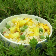 菠萝火腿粒炒饭
