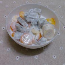 大杂烩水果酸奶