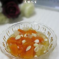 【首发】雪耳木瓜甜汤