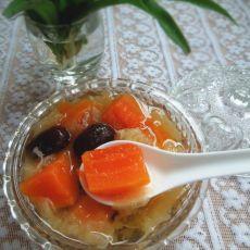 木瓜冰糖炖银耳
