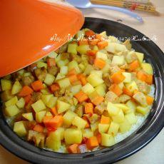 塔吉锅版咖喱土豆焖饭的做法