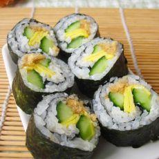 肉松黄瓜蛋皮寿司