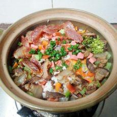 彩蔬腊味煲仔饭