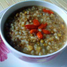 枸杞燕麦荞麦粥的做法