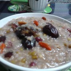 大枣红豆绿豆粥的做法