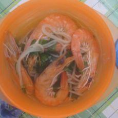 鲜虾香菇面条的做法