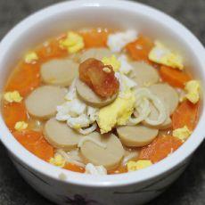 胡萝卜番茄火腿鸡蛋面