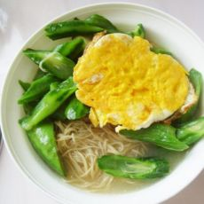 青菜鸡蛋汤面的做法