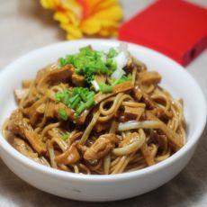 韭菜黄香干炒面的做法