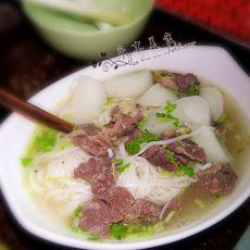 萝卜牛腩汤面条