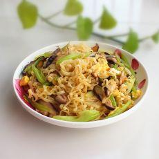 香菇芹菜炒方便面