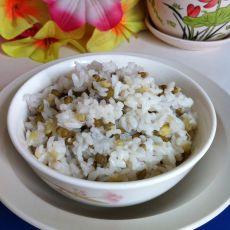 绿豆蒸米饭的做法